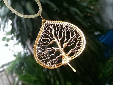 Tree of life in the leaf pendant tutorial by lan anh handmade tree of life in the leaf pendant tutorial by lan anh handmade mozeypictures Image collections
